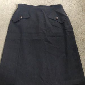 Gorgeous MAX MARA pencil skirt. pockets. Size 10